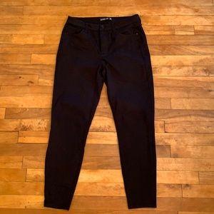 4/$40 - H&M DIVIDED Black Skinny Jeans - 30